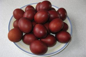 Натуральные красители, чем покрасить яйца к Пасхе
