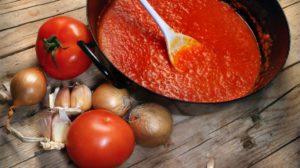 Как приготовить домашний томатный соус
