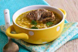 Как приготовить суп с перловкой, простой рецепт
