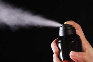 Что делать если дезодорант- спрей оставляет следы