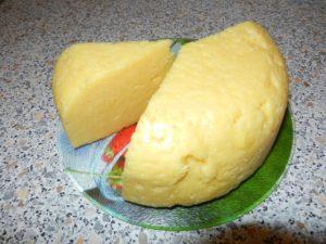 Как приготовить сыр из молока и творога в домашних условиях